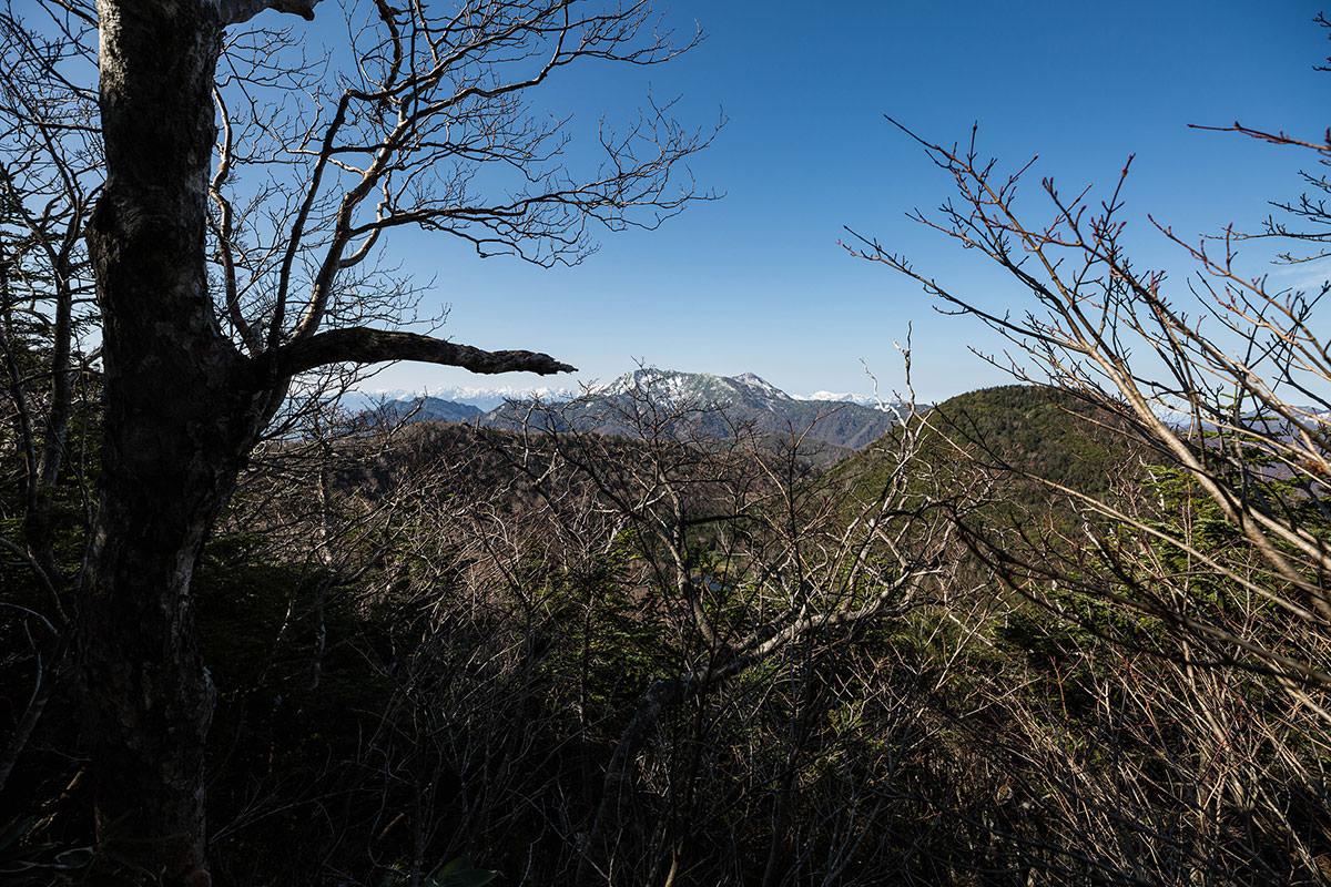 【黒姫山】登山百景-高妻山が見える