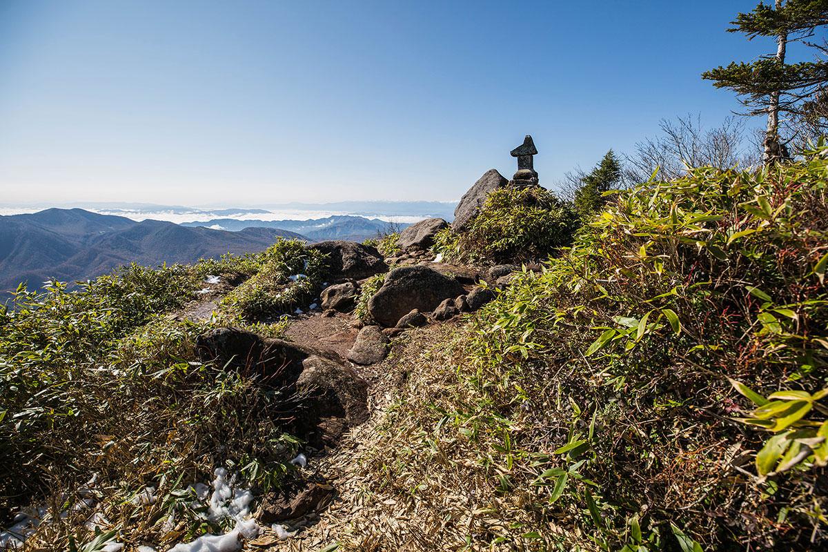 【黒姫山】登山百景-山頂に着いた