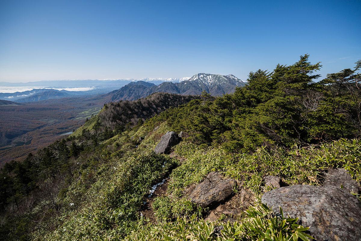 【黒姫山】登山百景-東側に高妻山