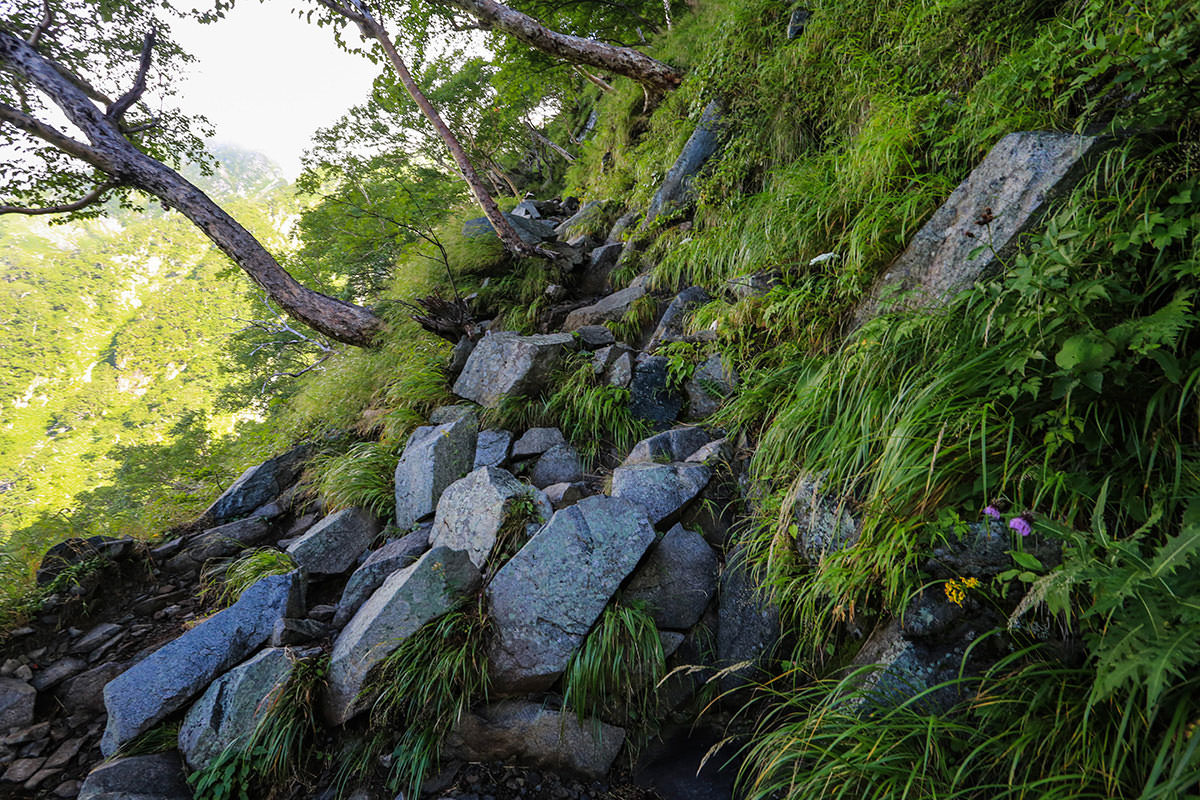 【前穂高岳】登山百景-岩場スタート