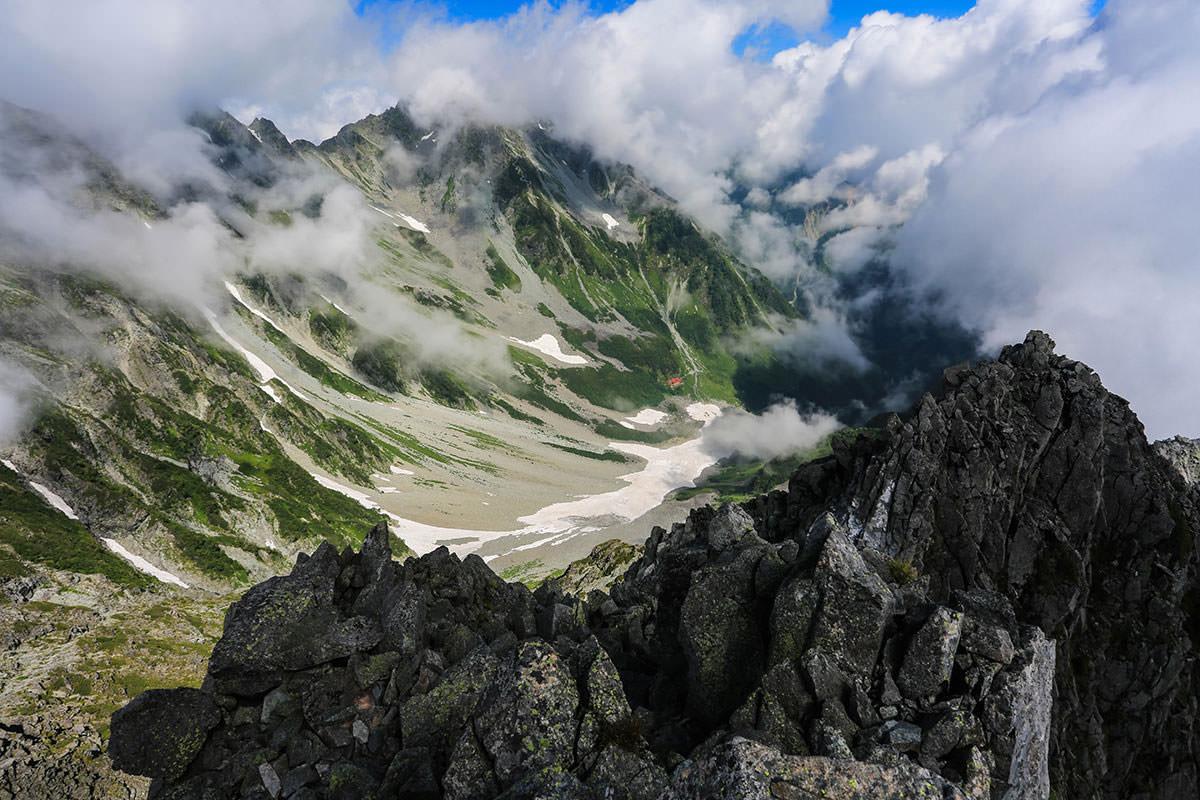 【前穂高岳】登山百景-涸沢カールを見下ろす
