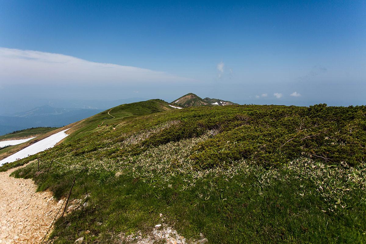 【巻機山】登山百景-西側の景色