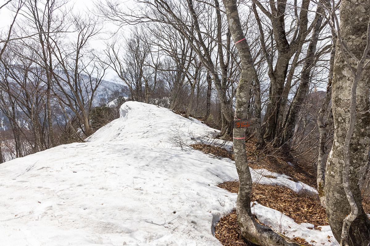 万仏山-「万仏山」という山名も書いてある