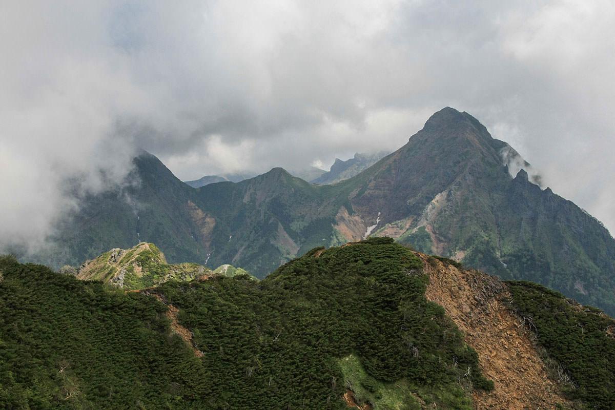 【南八ヶ岳 南北縦走】登山百景-ここからあの先っぽへ行く