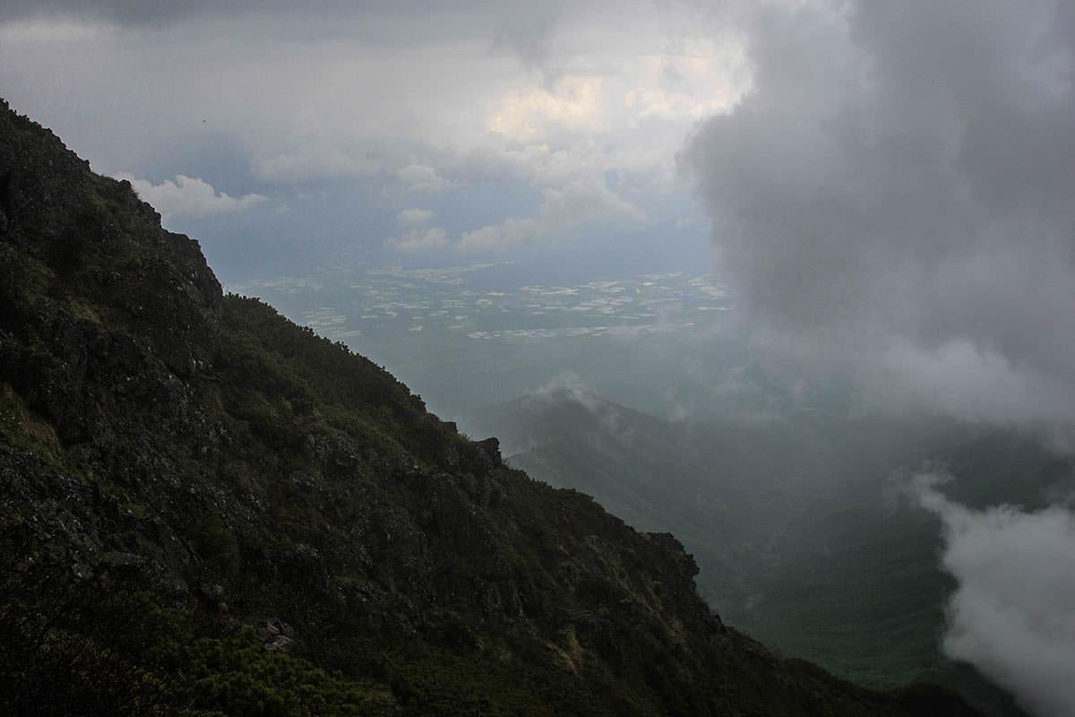 【南八ヶ岳 南北縦走】登山百景-野辺山方面