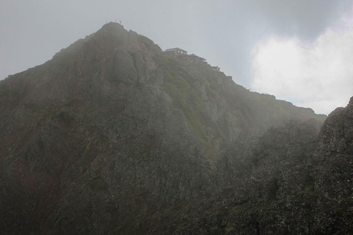 【南八ヶ岳 南北縦走】登山百景-赤岳山頂が見えた