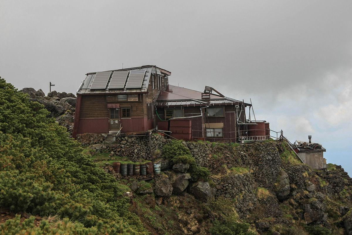 【南八ヶ岳 南北縦走】登山百景-赤岳山頂荘