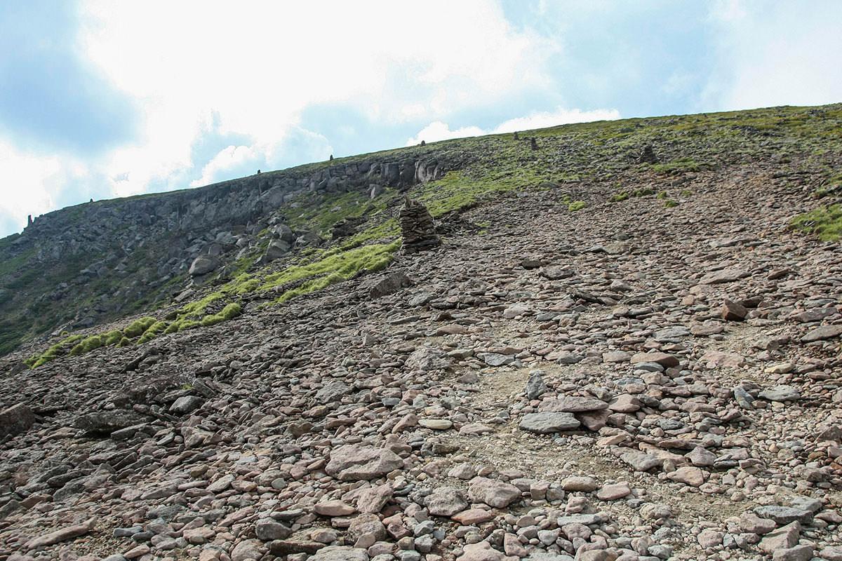 【南八ヶ岳 南北縦走】登山百景-ケルンがいっぱい