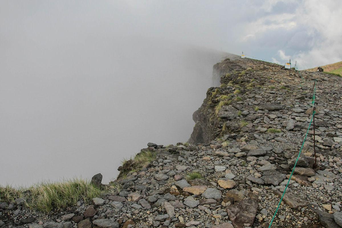 【南八ヶ岳 南北縦走】登山百景-硫黄岳の火山の跡