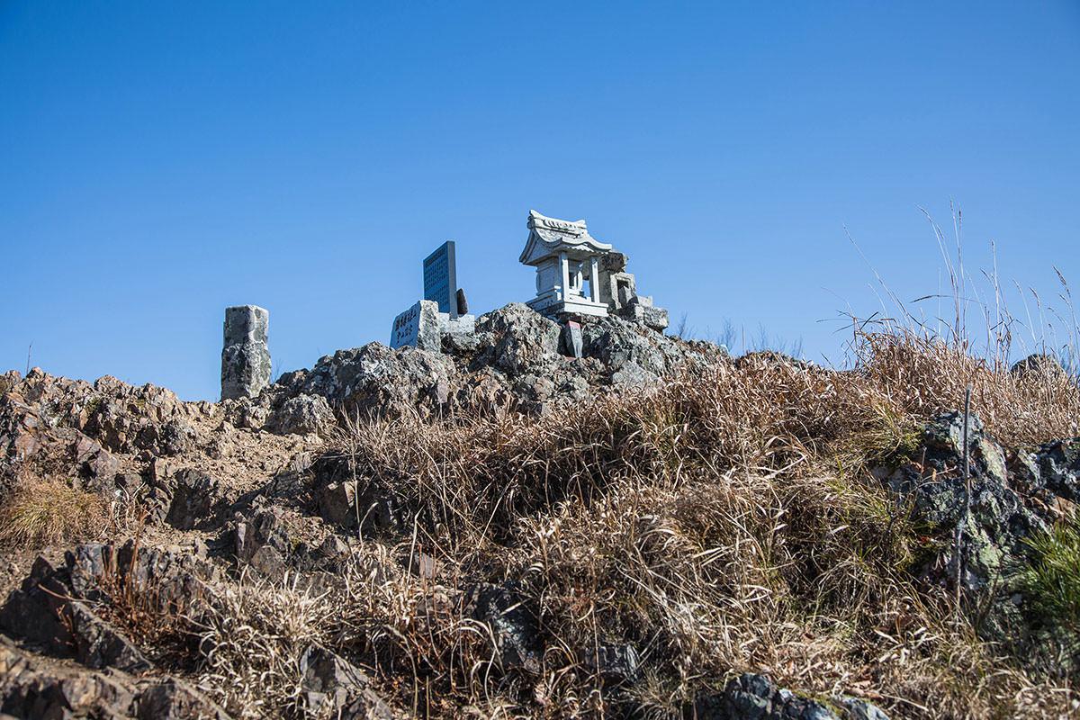 【茂来山】登山百景-山頂に着いた