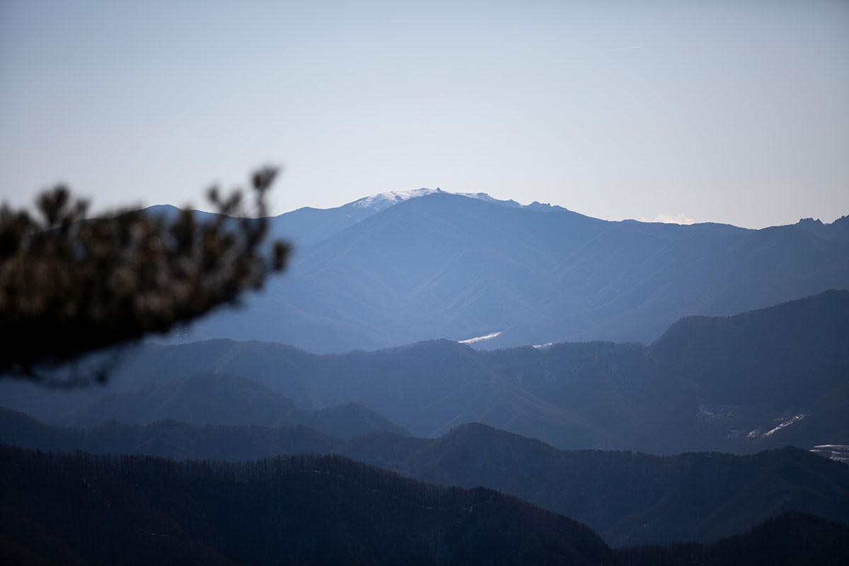 金峰山の五丈岩が見える