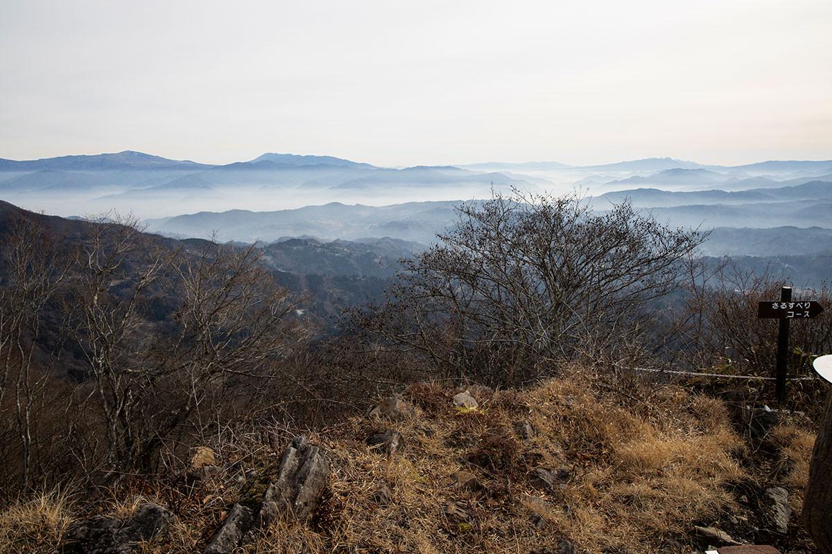 四阿山と浅間山と八ヶ岳