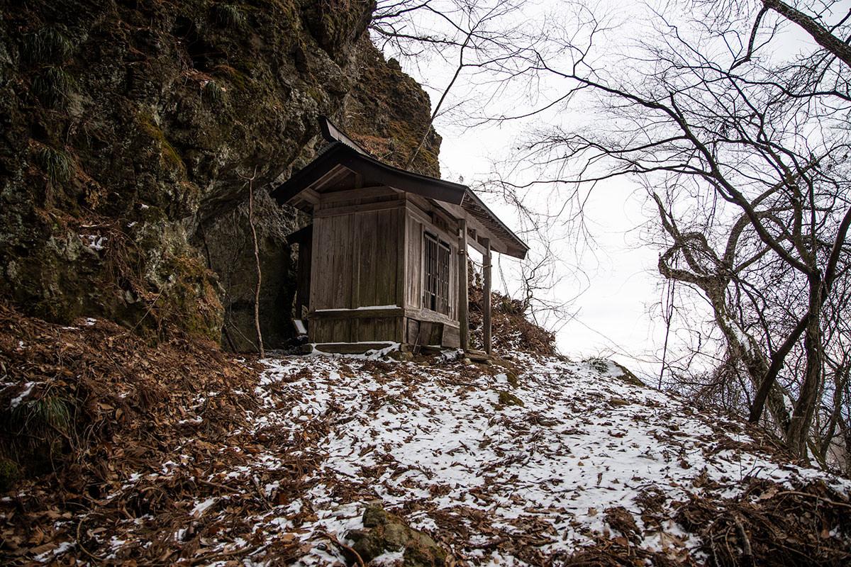 虫倉神社の奥の院