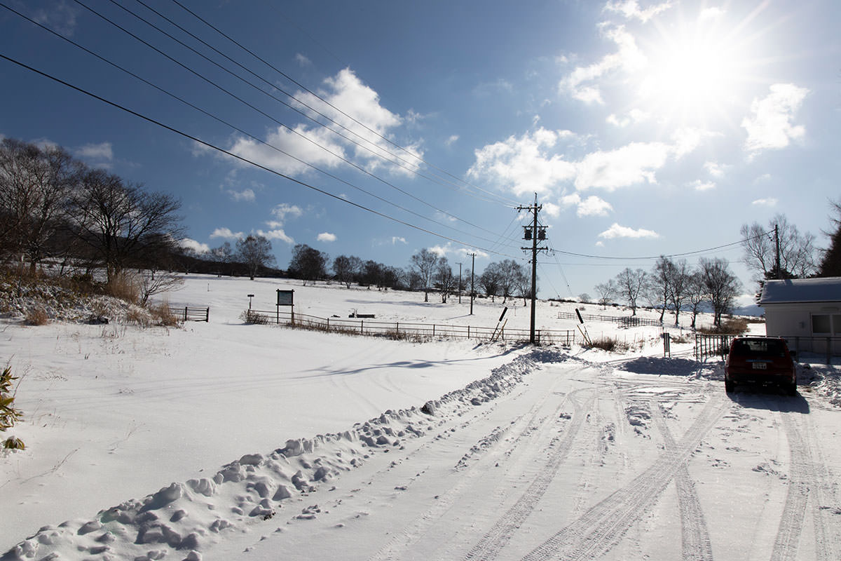 根子岳-牧場の手前に車を停める