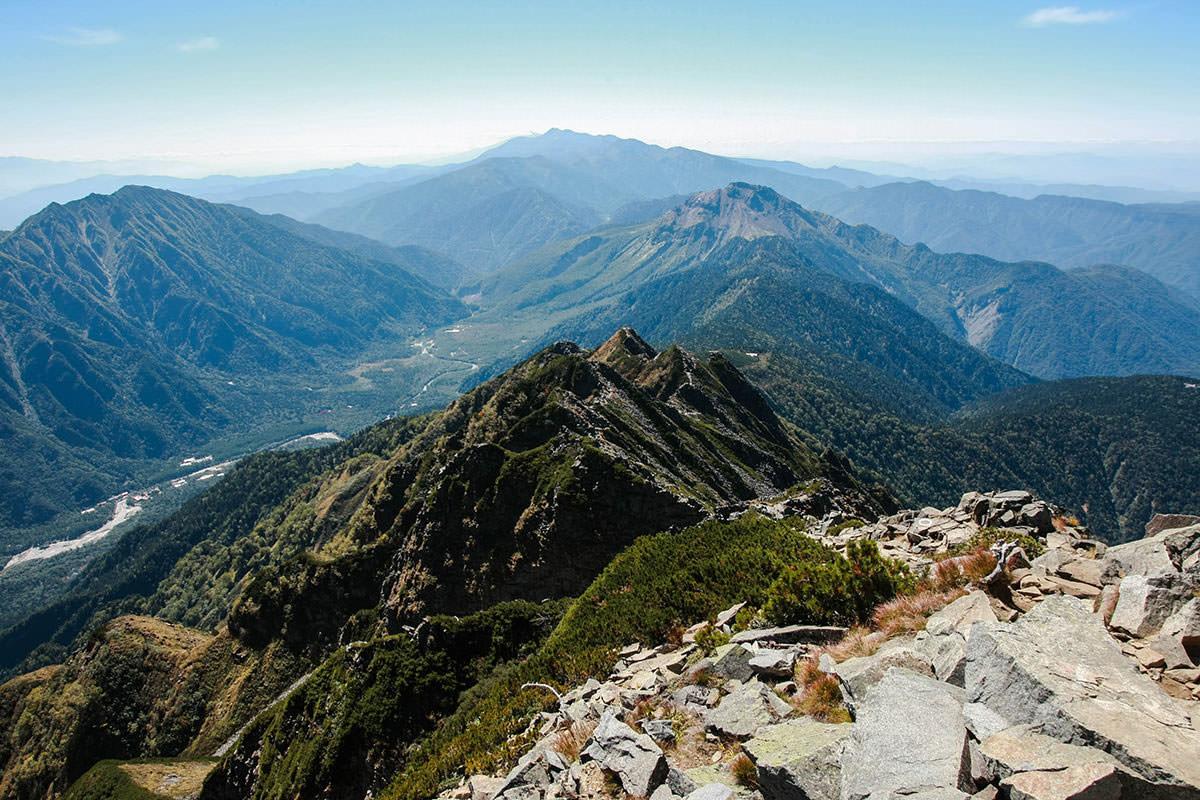 【西穂高岳】登山百景-登ってきた方を見る