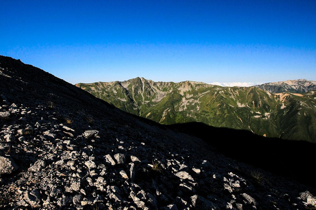 水晶岳の稜線