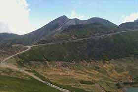 富士見岳から剣ヶ峰を眺める