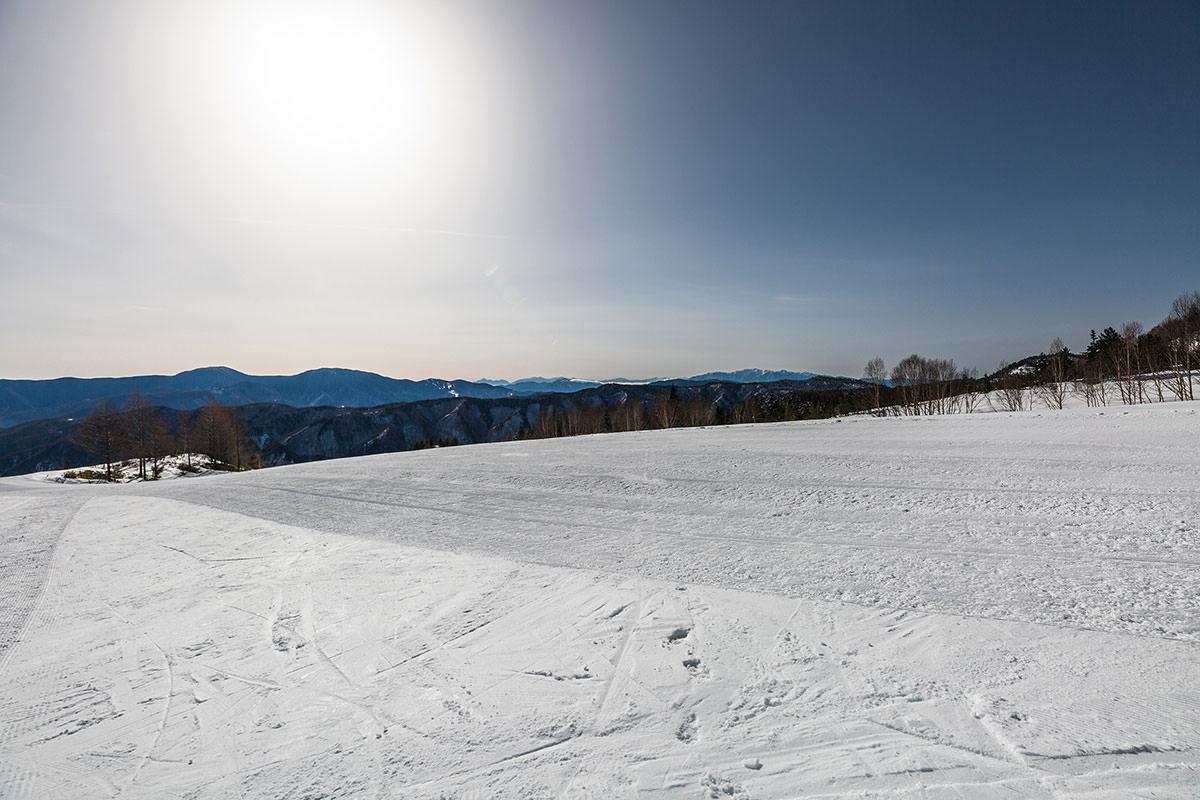 【乗鞍岳 Mt.乗鞍スノーリゾート】登山百景-振り返ると南アルプスまで見える