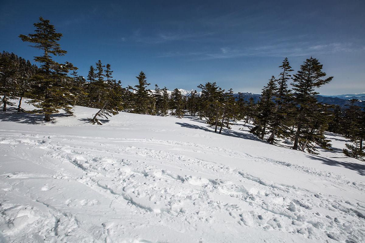 【乗鞍岳 Mt.乗鞍スノーリゾート】登山百景-遠くに穂高岳