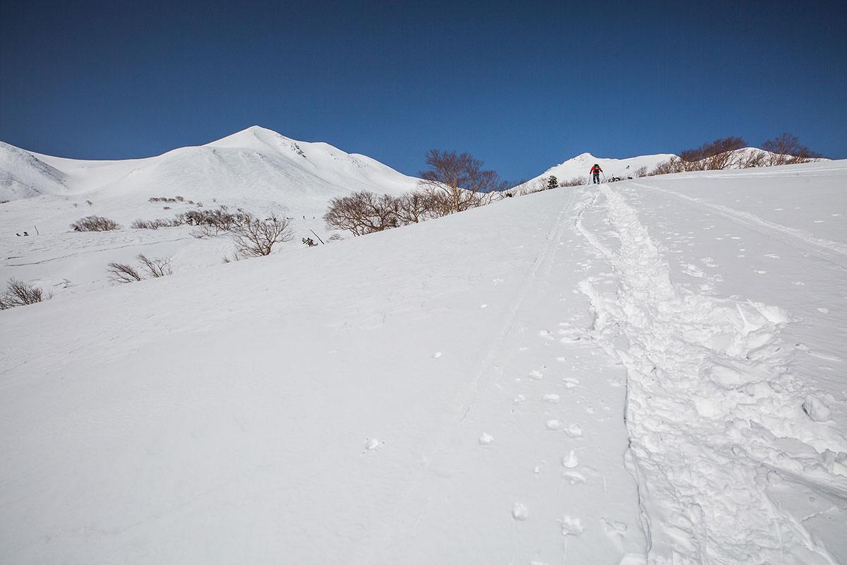 【乗鞍岳 Mt.乗鞍スノーリゾート】登山百景-このあたりでアイゼン装着