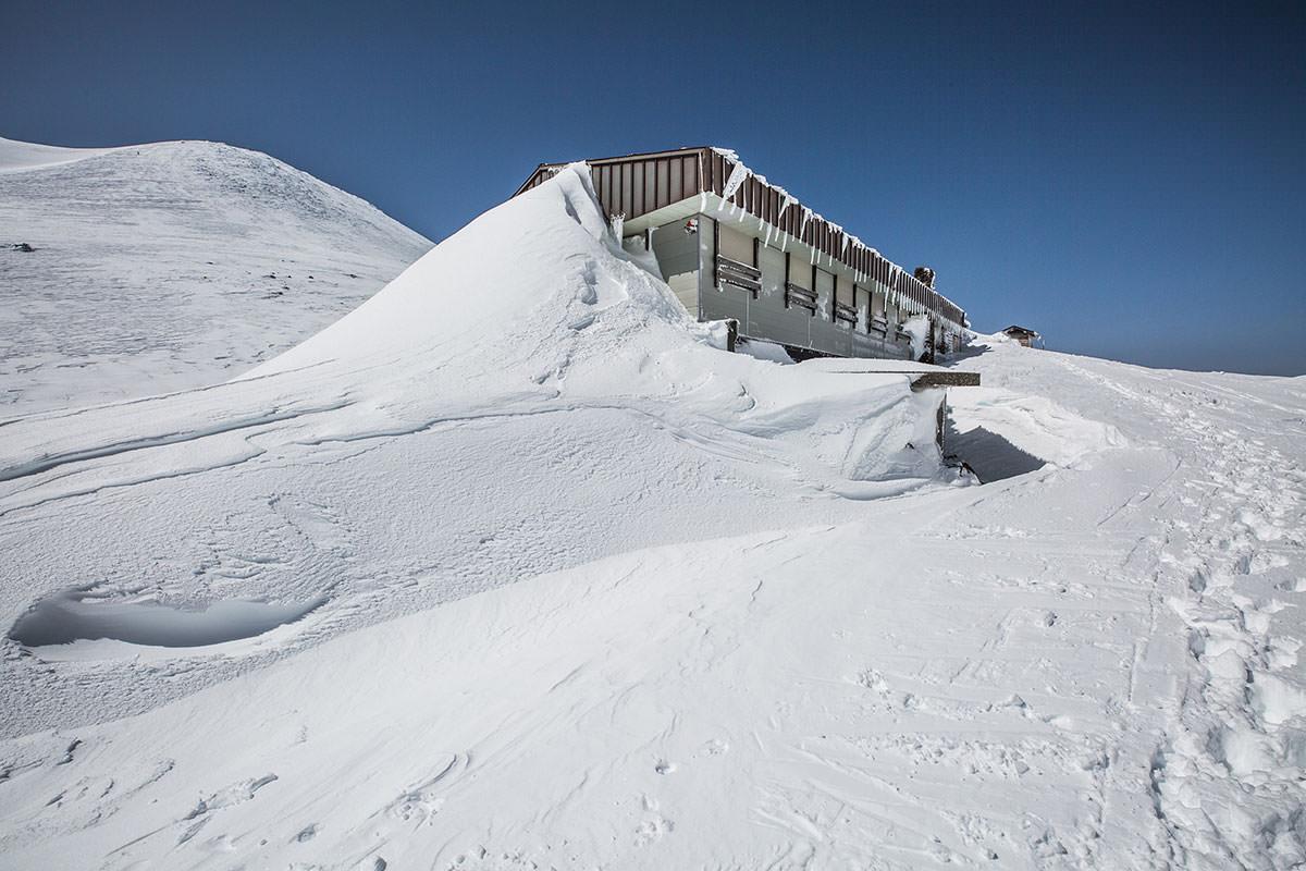 【乗鞍岳 Mt.乗鞍スノーリゾート】登山百景-肩ノ小屋に到着