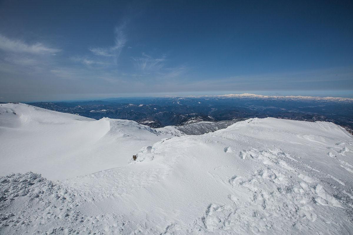 【乗鞍岳 Mt.乗鞍スノーリゾート】登山百景-右側の火口湖