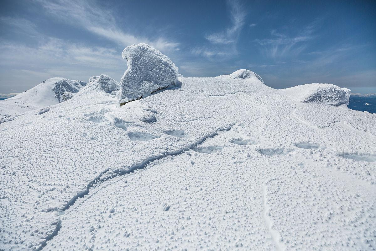 【乗鞍岳 Mt.乗鞍スノーリゾート】登山百景-雪がツンツンしてる