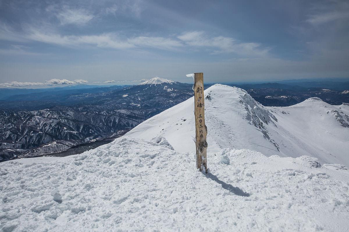 【乗鞍岳 Mt.乗鞍スノーリゾート】登山百景-乗鞍岳山頂の標柱