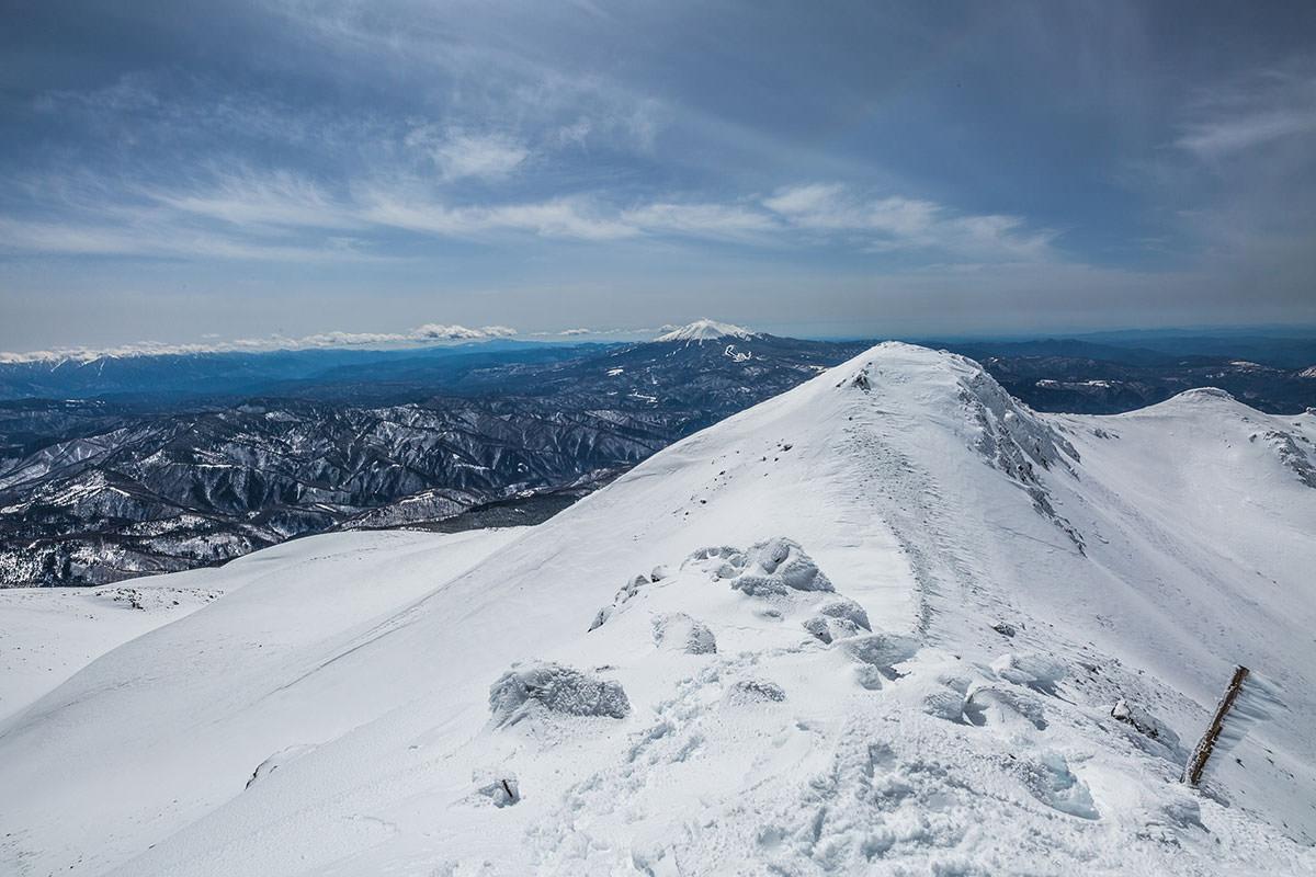 【乗鞍岳 Mt.乗鞍スノーリゾート】登山百景-御嶽山が近い