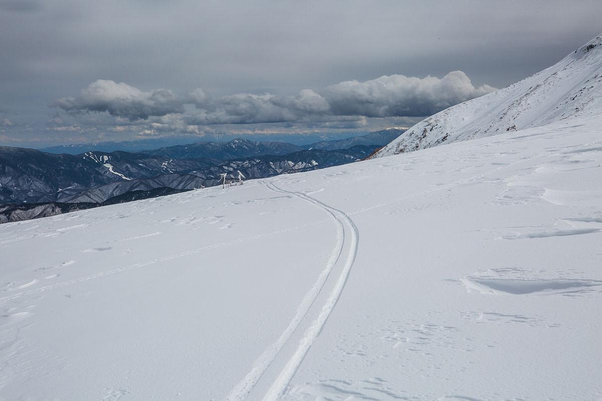 【乗鞍岳 Mt.乗鞍スノーリゾート】登山百景-中央アルプスの方は雲