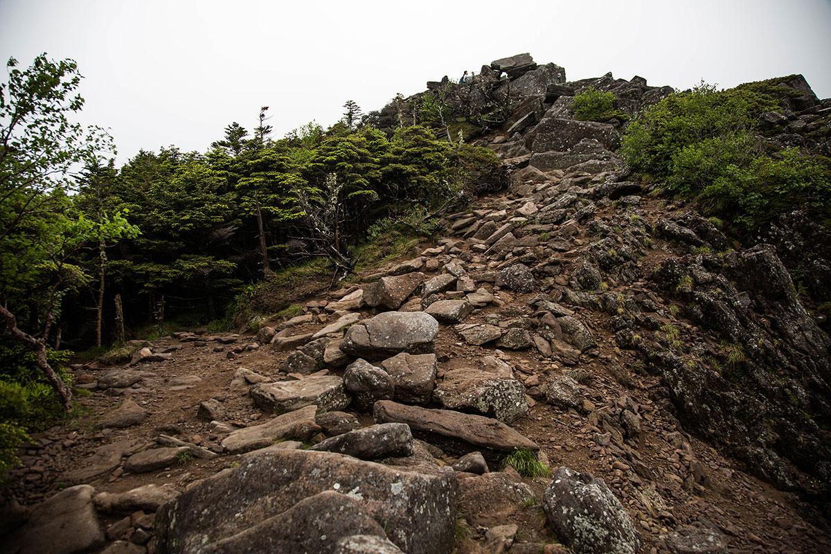 【にゅう】登山百景-にゅうはこの上