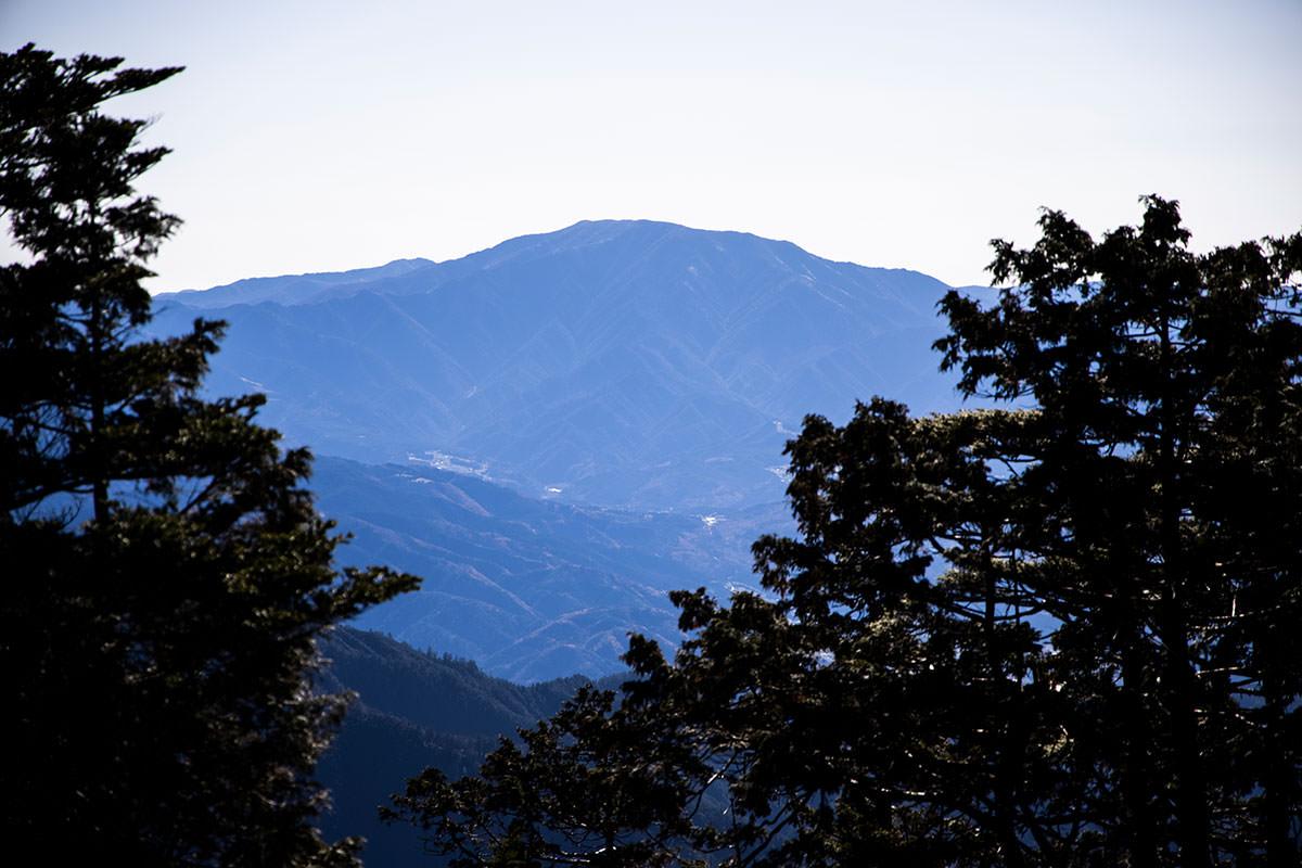 恵那山もチラリと見える