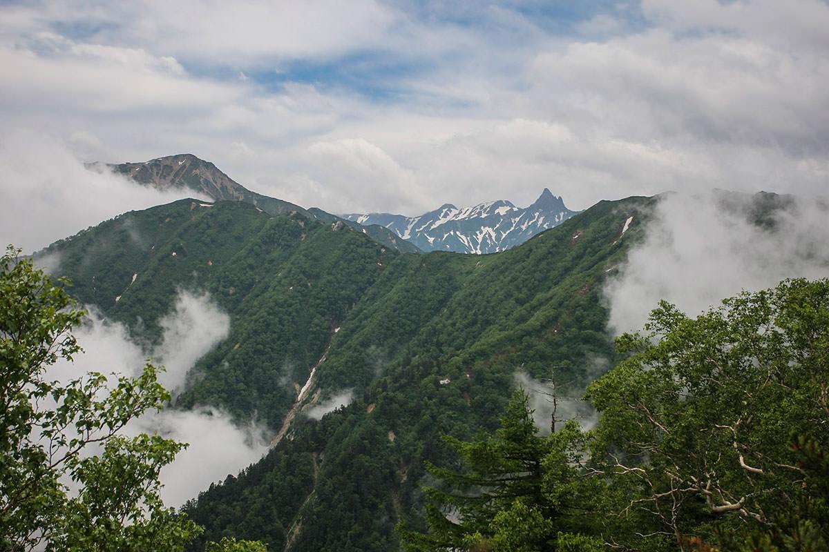 【大天井岳】登山百景-燕山荘が見える