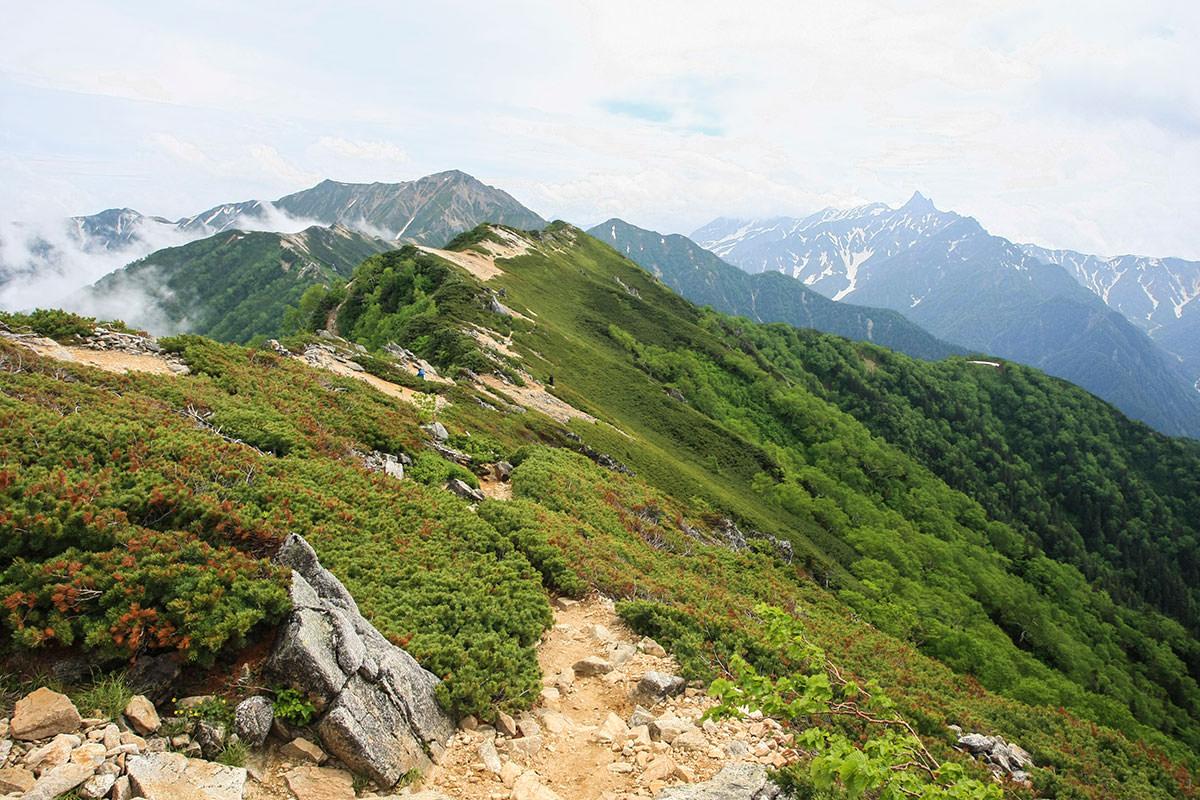 【大天井岳】登山百景-さらに稜線は続く