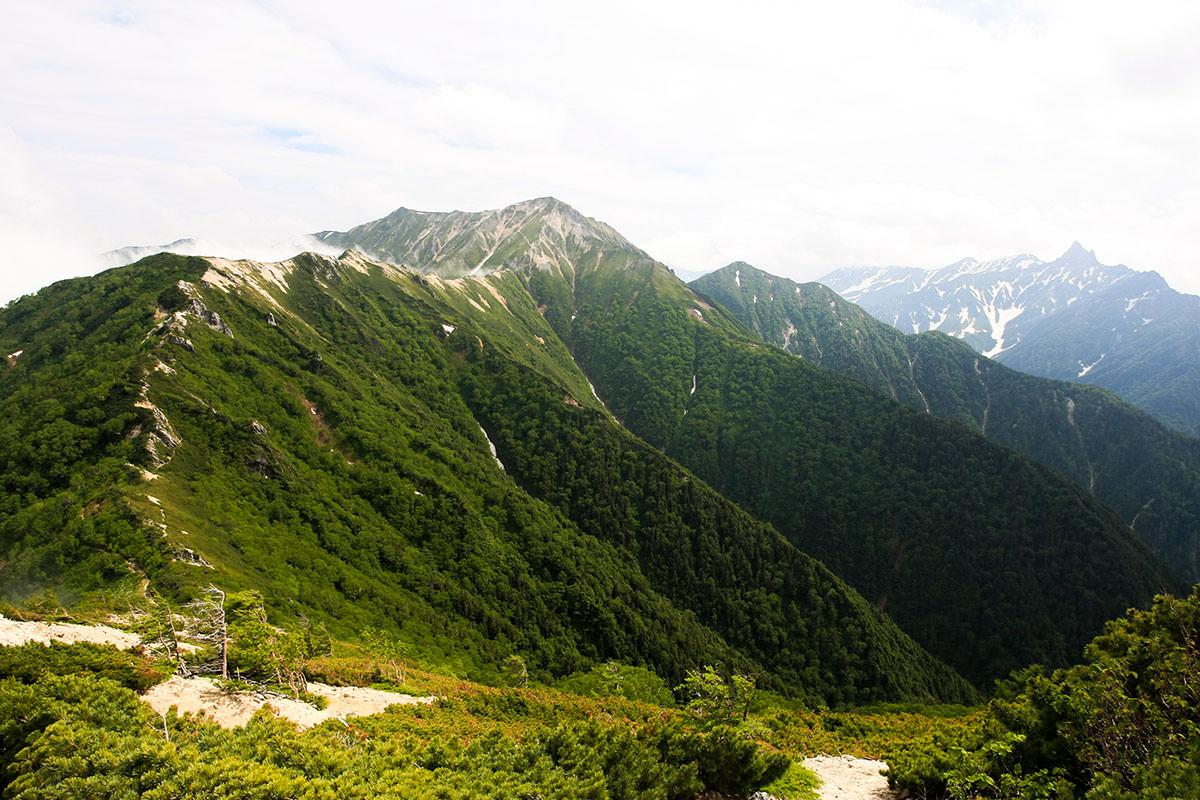 【大天井岳】登山百景-大天井岳が近くに見えてきた