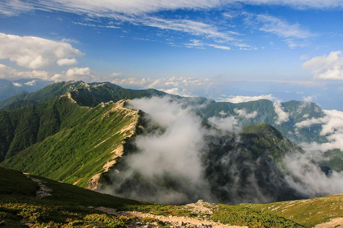 【大天井岳】登山百景-稜線を見下ろす