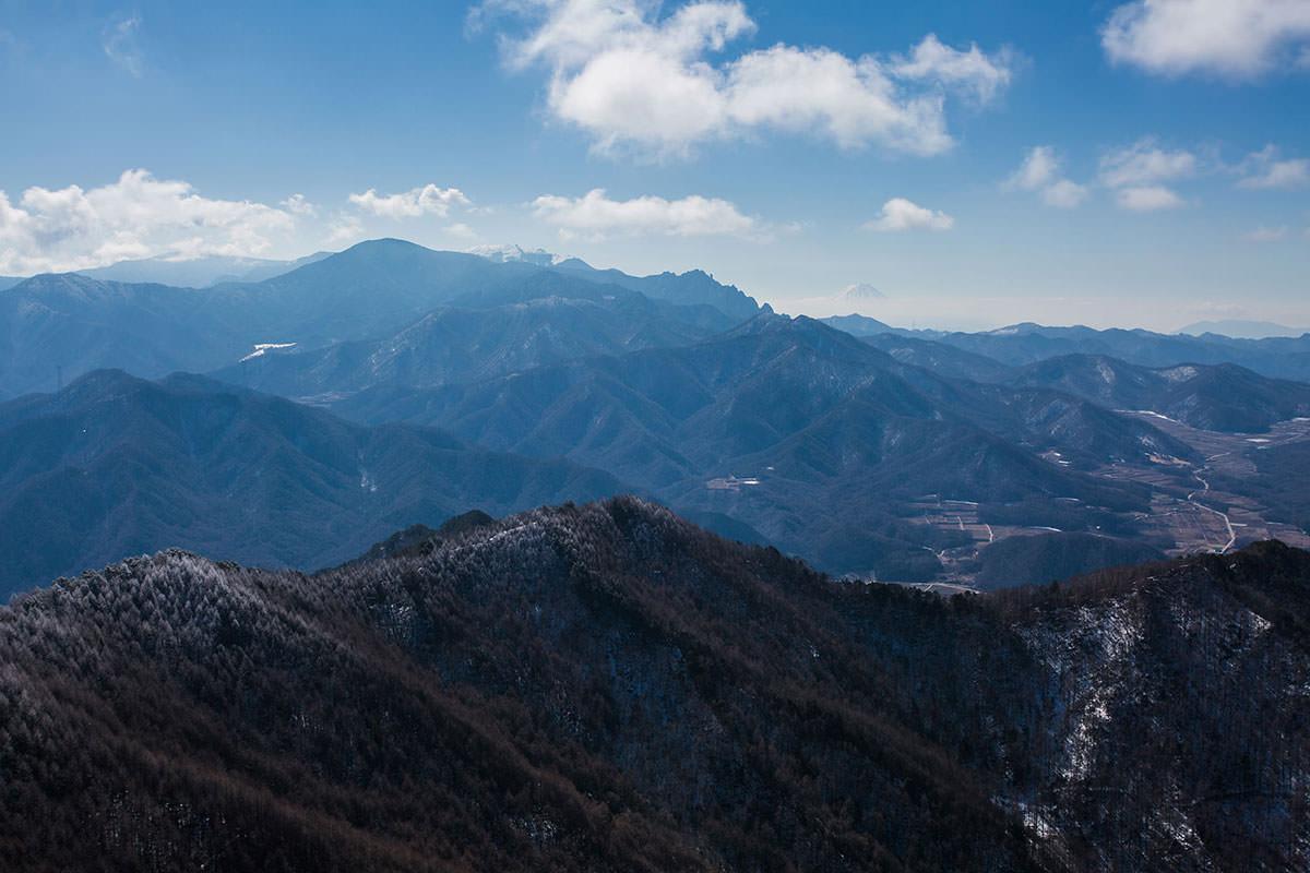 【男山】登山百景-金峰山と瑞牆山と富士山