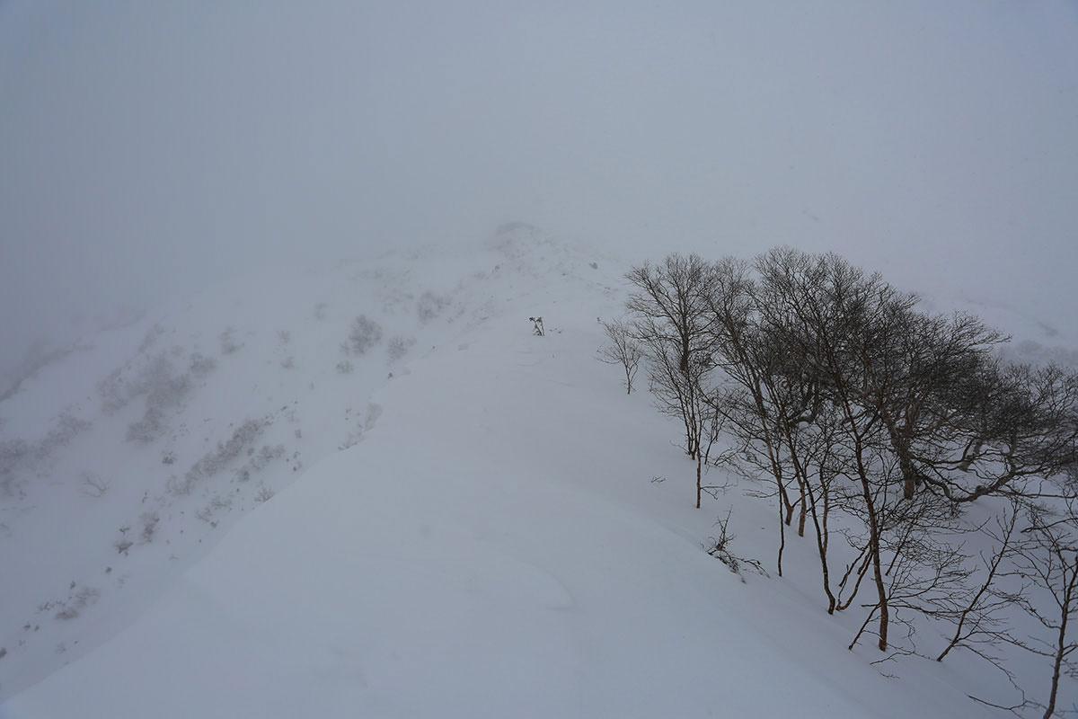 【三叉峰】登山百景-三叉峰らしき影が見えた