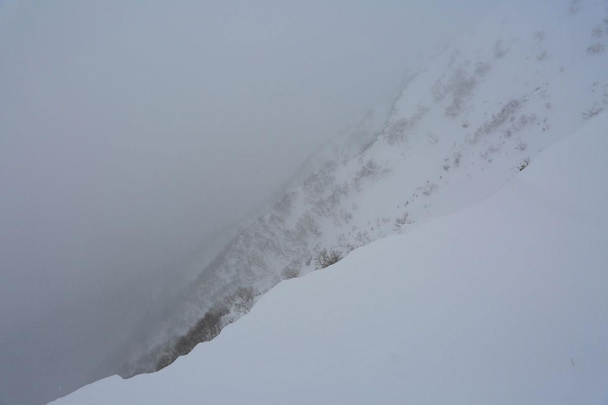 【三叉峰】登山百景-赤岳側の斜面