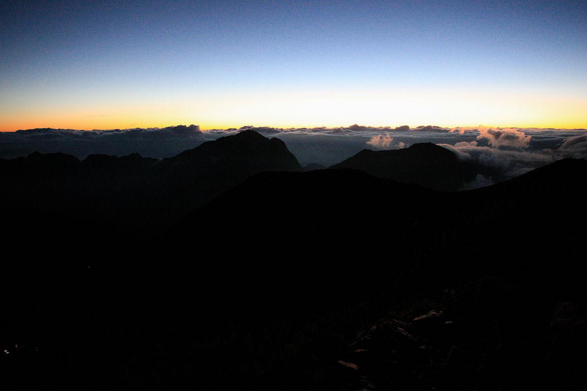【仙丈ヶ岳】登山百景-山頂の標