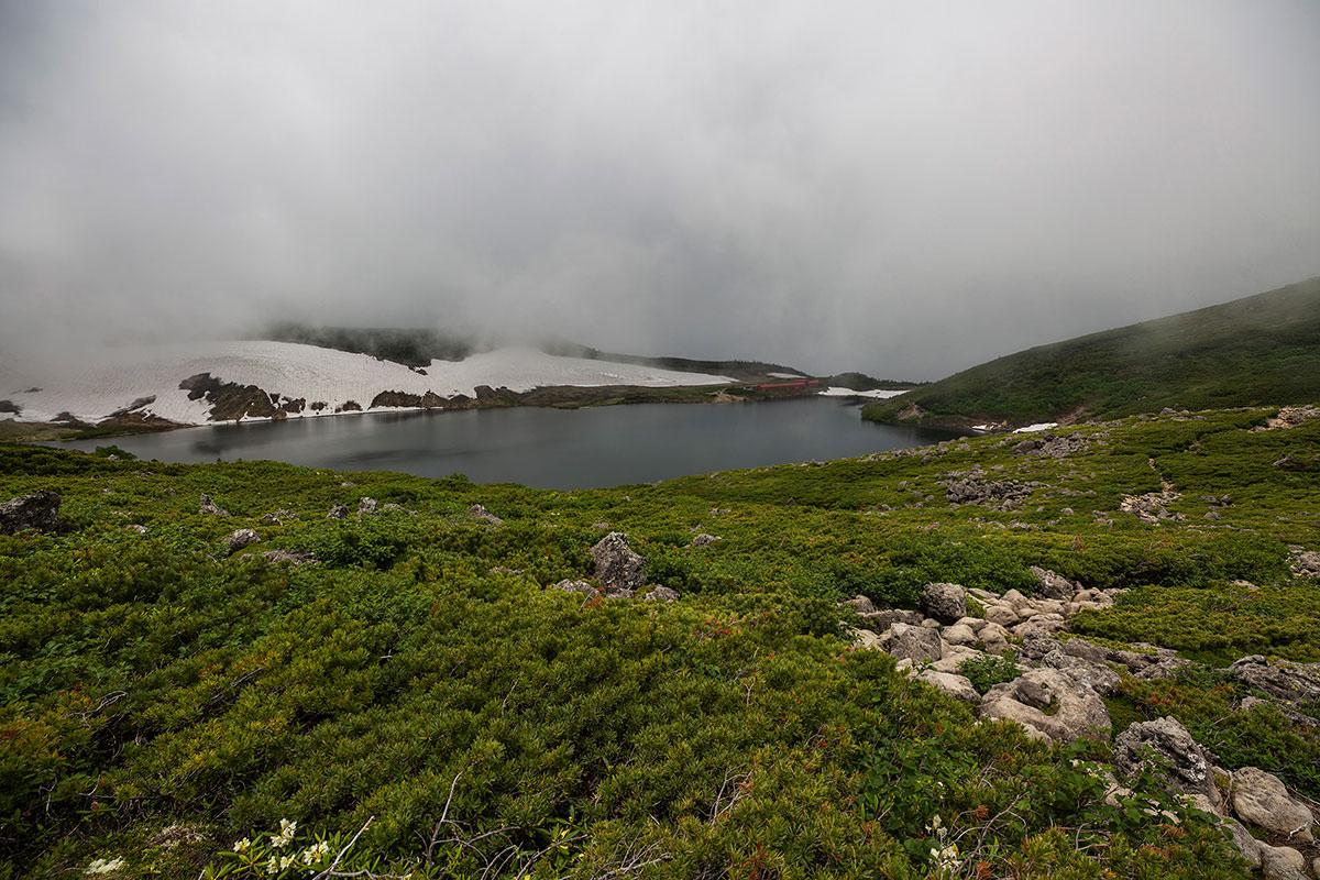 【白馬岳 栂池自然園】登山百景-白馬大池山荘が見えた