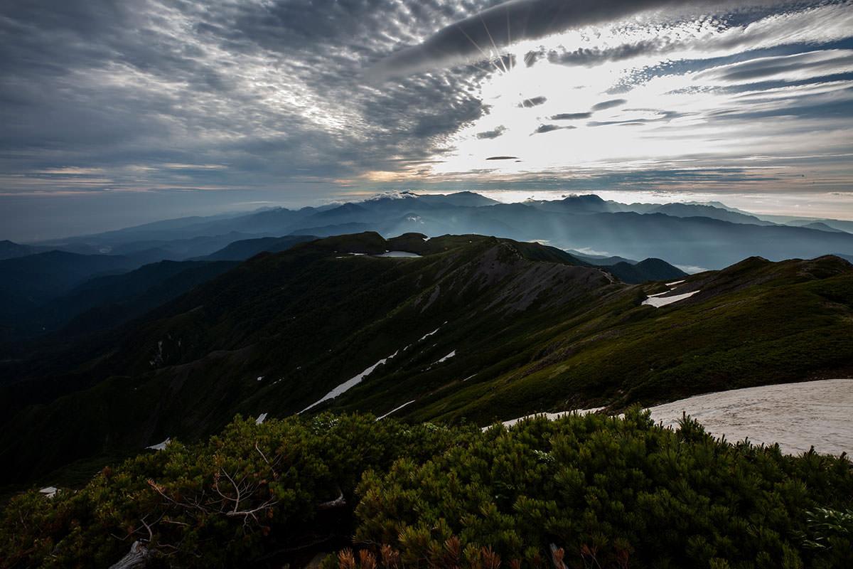 【白馬岳 栂池自然園】登山百景-大池が見える