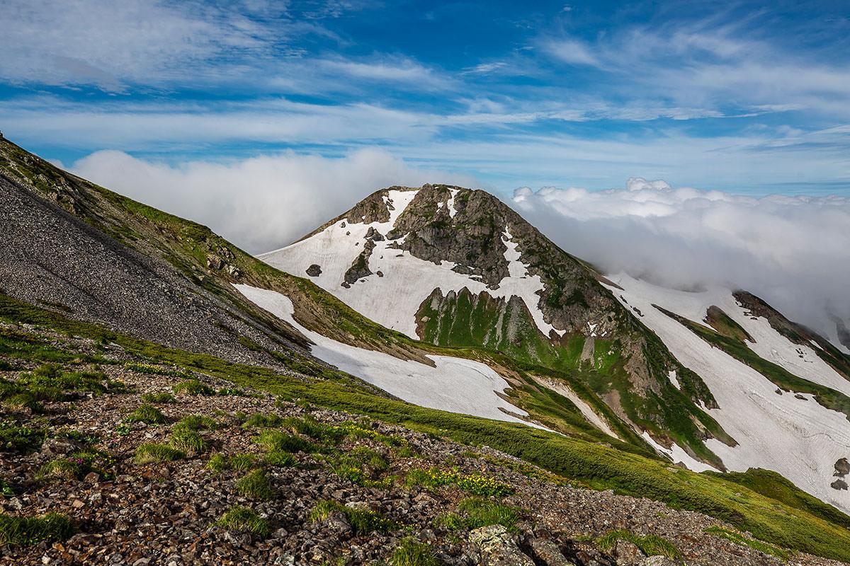 【白馬岳 栂池自然園】登山百景-旭岳も近づいた
