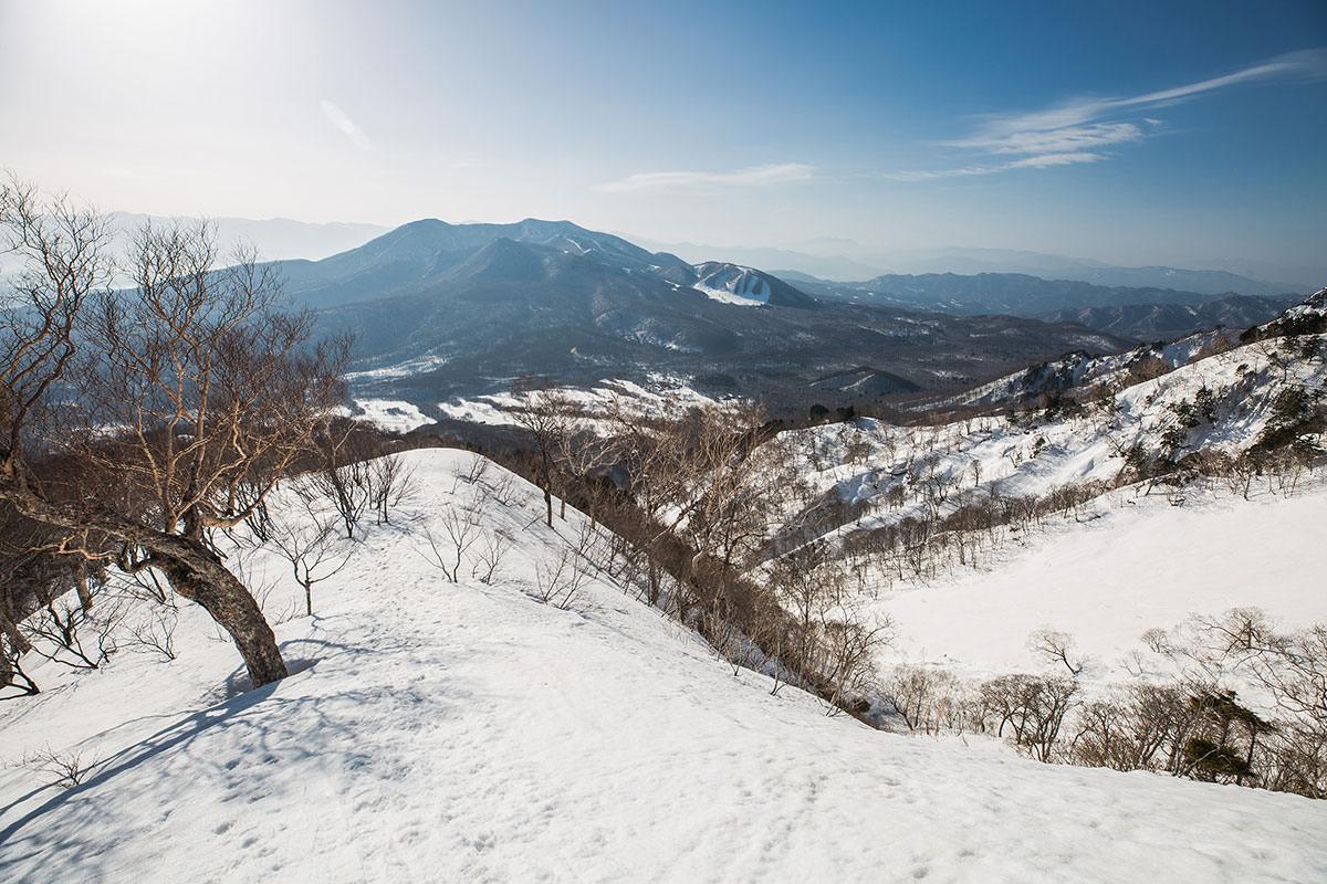 【高妻山】登山百景-振り返ると飯縄山