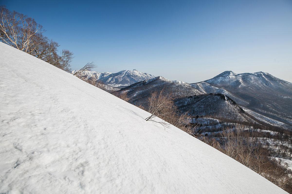 【高妻山 弥勒尾根新道】登山百景-妙高山も見える