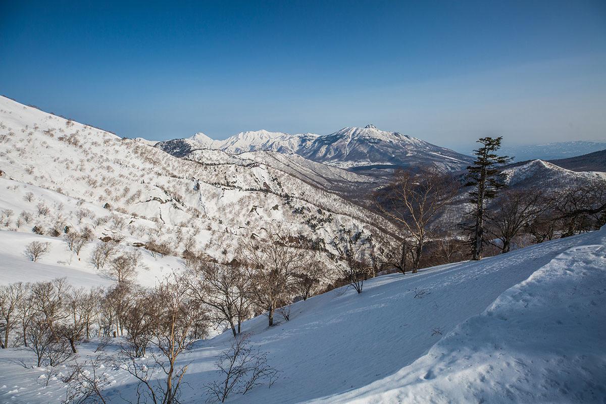 【高妻山 弥勒尾根新道】登山百景-妙高山と火打山と