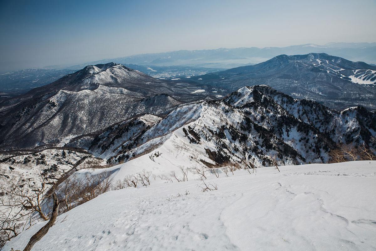 【高妻山 弥勒尾根新道】登山百景-登り切って振り返る