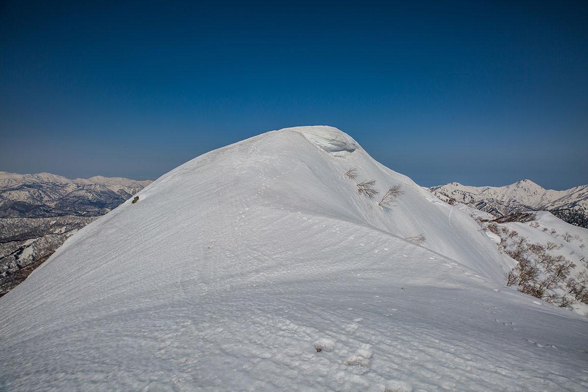 【高妻山 弥勒尾根新道】登山百景-山頂が近づいた