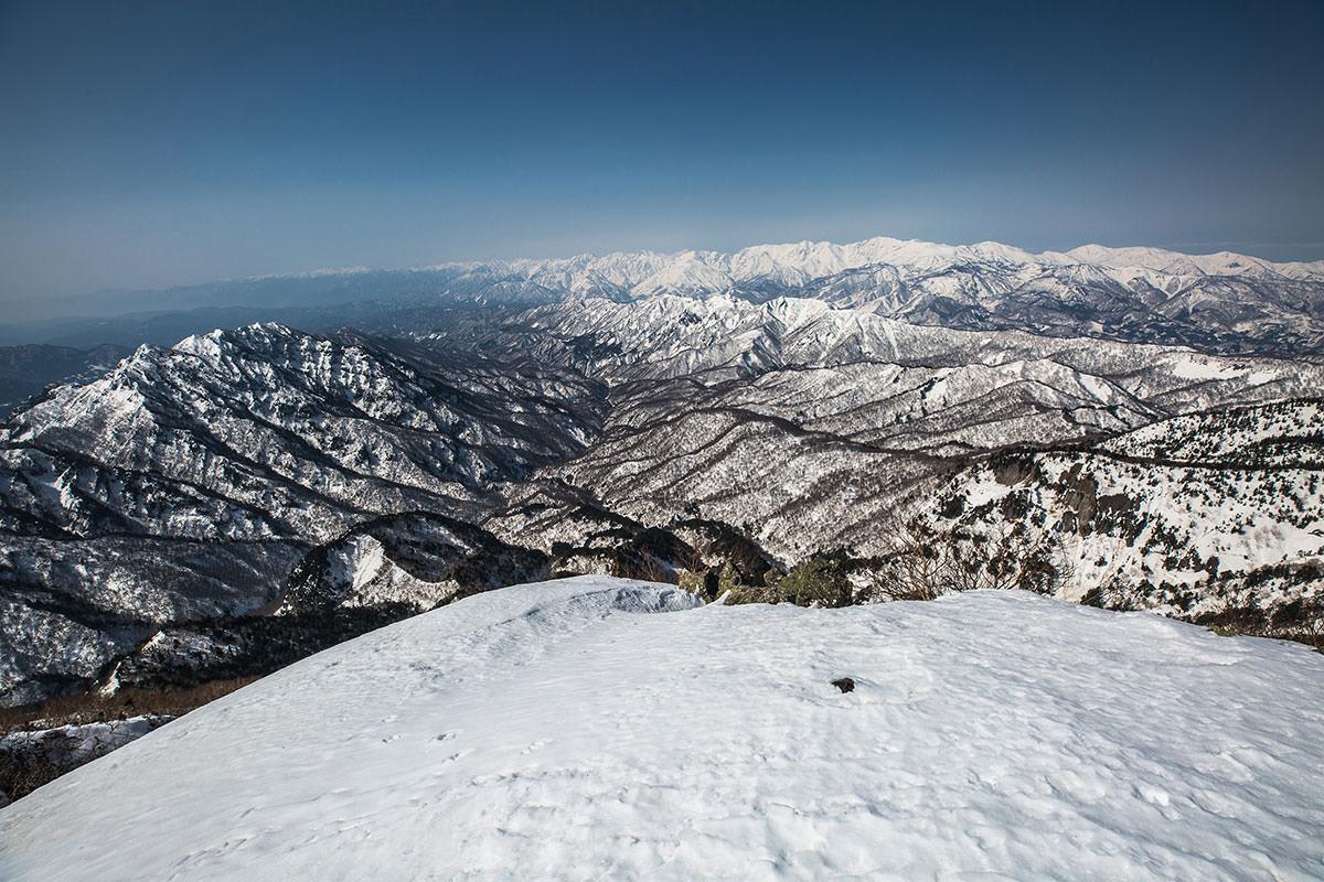 【高妻山 弥勒尾根新道】登山百景-西側の北アルプス