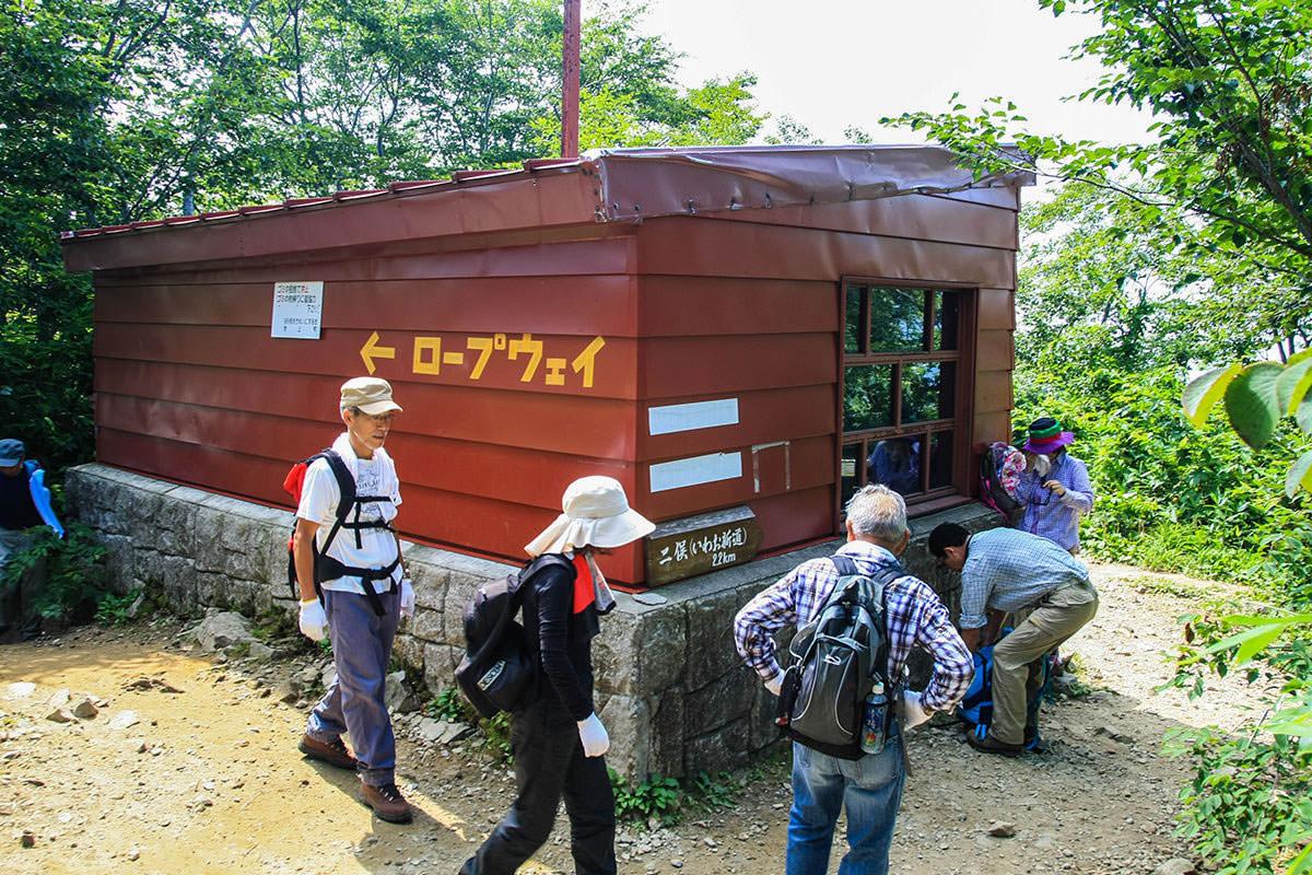 【谷川岳】登山百景-小屋は混んでいる。